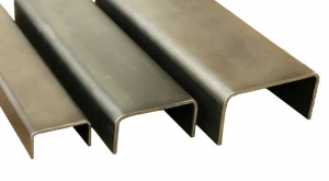 Швеллер стальной гнутый 140х60х3 мм